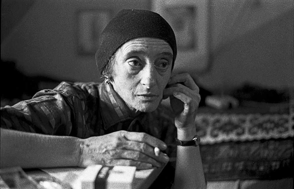 Ernst P. Prokop, Christine Lavant, 1963 in ihrer Wohnung in St. Stefan im Lavanttal FineArtPrint Hahnemühle, 30 x 43 cm, signiert