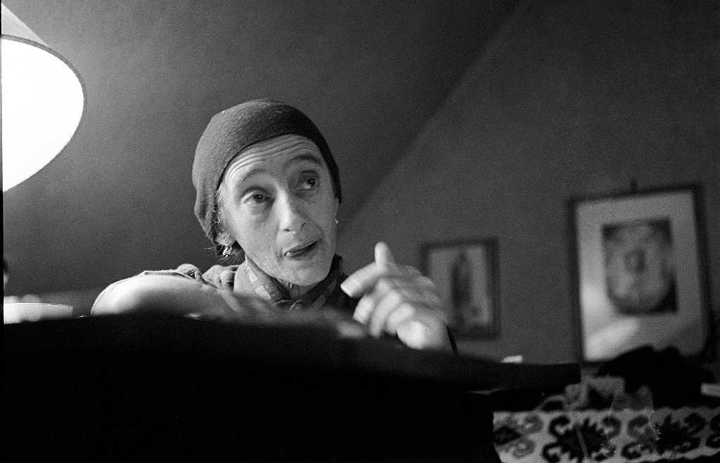 Ernst P. Prokop, Christine Lavant, 1963 in ihrer Wohnung in St. Stefan im Lavanttal, FineArtPrint Hahnemühle, 30 x 43 cm, signiert